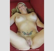 Tattooed Blonde Mom With Big Jugs And In Sexy Xxxonxxx Picture