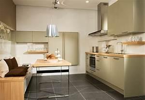 Tisch Für Kleine Küche : kleine k che planen 15 planungstipps f r kleine k chen ~ Bigdaddyawards.com Haus und Dekorationen