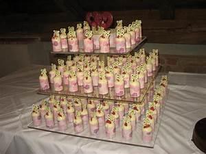 Petit Fours Hochzeit : die hatten wir hatten 120 g ste davon ca 20 kinder und 120 stk dazu die kleine torte ~ Orissabook.com Haus und Dekorationen