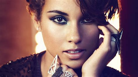 18 Beautiful Hd Alicia Keys Wallpapers