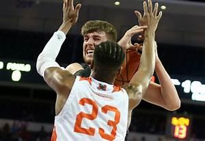 Slideshow: Men's basketball team loses to Mercer in CBI ...