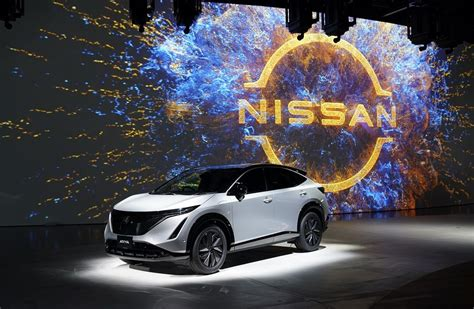 On the inside, ariya is uniquely spacious, even though the exterior remains quite compact and nimble. NISSAN ARIYA: AN ALL-ELECTRIC COUPÉ CROSSOVER FOR A NEW ...