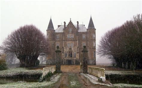 Escape to the Chateau: perfectly cast fantasy television