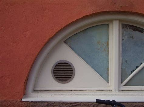 aeration chambre sans fenetre installer une aération dans une fenêtre pvc