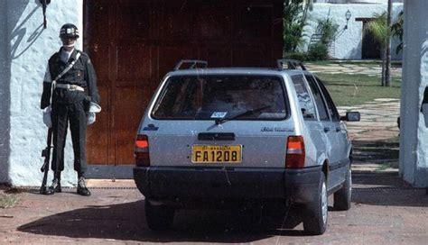 Na Casa da Dinda, escândalos vão de carros suspeitos a ...