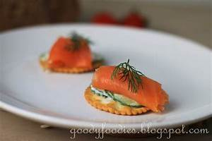 goodyfoodies recipe smoked salmon and yogurt cucumber With canapé