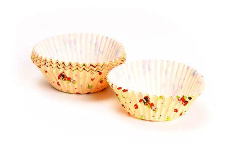 kaiser standard clown cupcake liner  pack cutlery