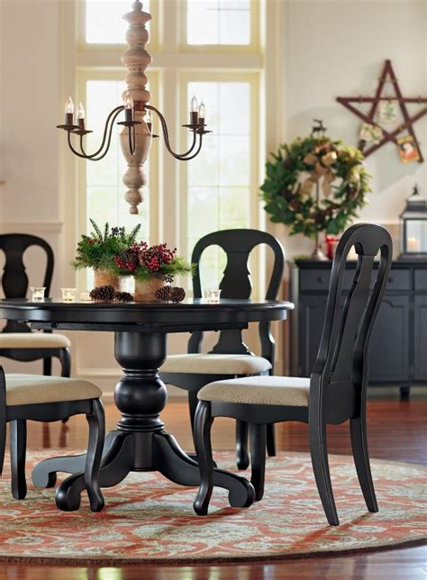 traditional dining table  chairs  perfect choice
