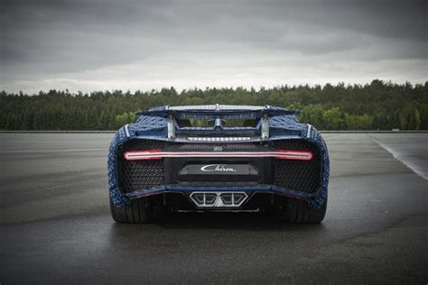 It is an upscaled version of the popular 42083 bugatti chiron set. LEGO Unveils Full-Size, Driveable Bugatti Chiron - autoevolution