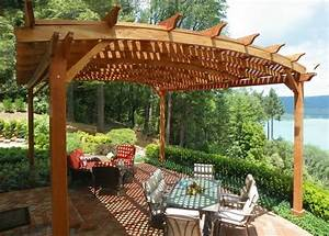 Pergola Im Garten Sonnen Und Sichtschutz Aus Holz