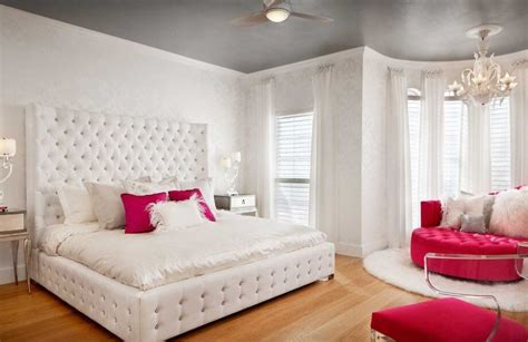 Ideas For Womens Bedroom by 15 Inspirational Bedroom Ideas For New Design 2019
