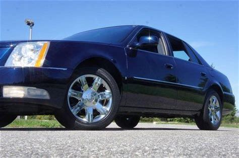 find   cadillac dts  salechrome wheelsleather