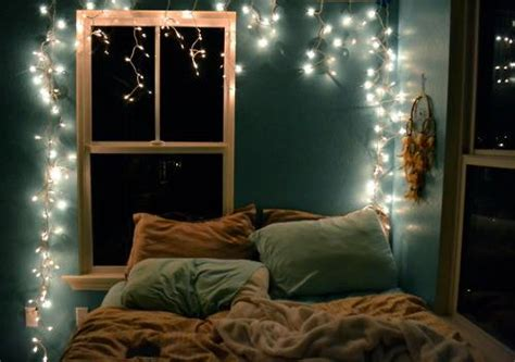 5 Ways To Decorate With Christmas Lights