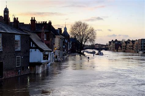 pictures heres  river  york city centre today