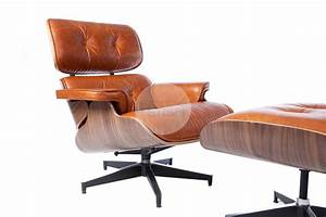 Replica Eames Lounge Chair Vintage Brown Walnut