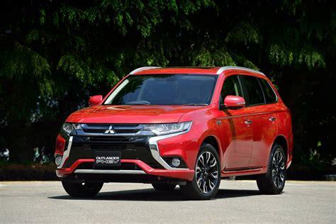 2016 Mitsubishi Outlander PHEV Review   CarAdvice