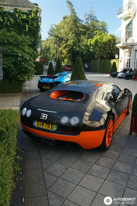 This model offers a stunning set of specifications, such as the twin clutch gearbox with seven speeds, the extraordinarily precise driving performance in bends and. Bugatti Veyron 16.4 Super Sport L'Edition Spéciale Record ...