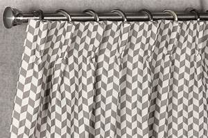 Tringle A Rideau 3m : latest zoom rideau avec motif losange et tringle with ~ Dallasstarsshop.com Idées de Décoration