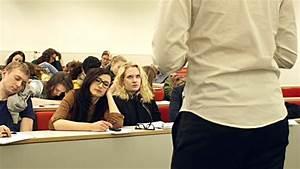 College Students Falling Asleep In Boring University ...