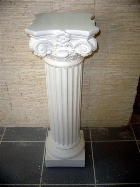 colonne en platre pour decoration interieure colonnes en staff platre de moulage arm 233 de filasse