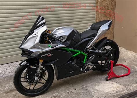 Bajaj Pulsar Rs200 Modified To Look Like Kawasaki Ninja H2r