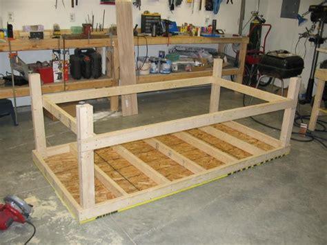 workshop table plans building  beehive   hive plan