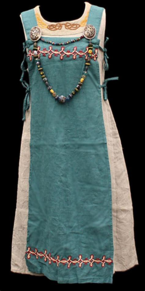 apron dress ideas  pinterest sewing summer