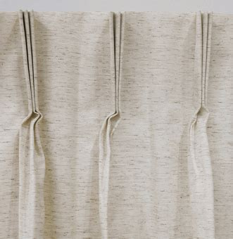 Hanging Pinch Pleat Drapes - pinch pleated drapes and curtains midnight blackout