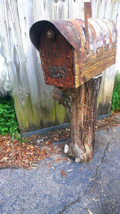 diy rustic mailbox  cedar door woodworking western