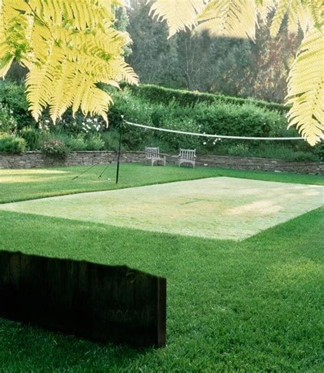 How To Make A Court In Your Backyard by 3 Lawn Makeovers Gardens And Gardening Tips