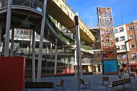Plaza Delicias (Delicias Square) Vertical Garden ...