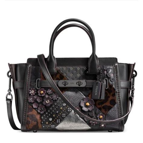 jual tas coach bag authentic coach swagger  black multi floral  medium original usa