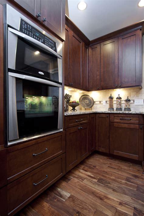 kitchen cabinets manchester manchester shaker brandywine kitchen cabinets willow 3083