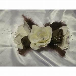 Fleurs Pour Mariage : bracelet de fleurs pour mariage avec des roses plumes et ~ Dode.kayakingforconservation.com Idées de Décoration