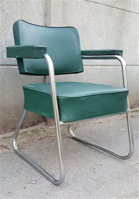 fauteuil bureau industriel broc co fauteuils vintage ées 50 à 70 accoudoir