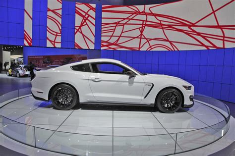 2017 Ford Shelby Gt350 Mustang Review