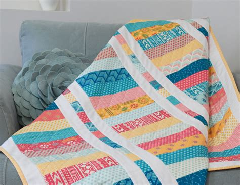 layer cake coin quilt  quilts alot