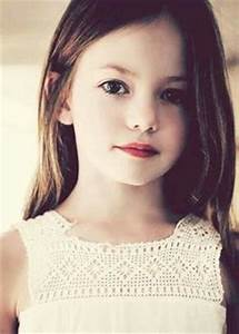 Bella's daughter in Twilight and Cindy from The Conjuring ...
