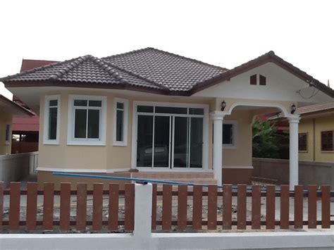 O.m.home & Design Pantip : บ้านหลังนี้แนะนำหน่อยครับว่า ทาสีภายนอกสีอะไรดู Modern