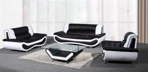 20 Photos Black And White Sofas