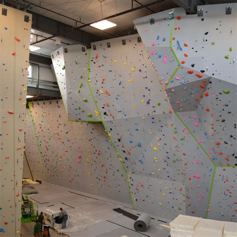 First Look Inside The New Movement Rock Climbing Gym