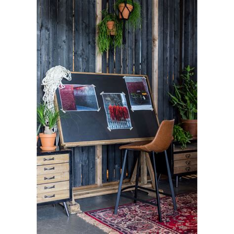 bureau d artiste bureau d 39 artiste en bois de sapin stilo dutchbone
