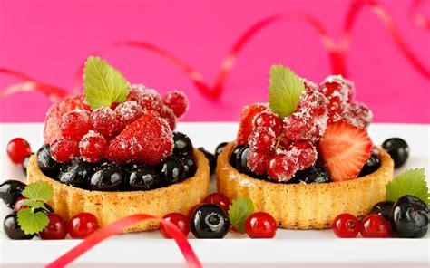 delicious cuisine ダウンロード壁紙 1680x1050 美味しい料理 デザートのケーキ 小さな果実 イチゴ hdのデスクトップの背景