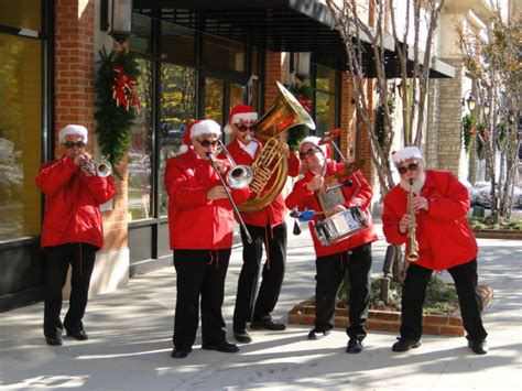 christmas band at the peninsula town center pictures
