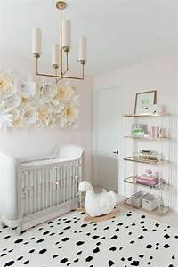 Babyzimmer Mädchen Deko : babyzimmer deko papierblumen zum basteln dekoration f r babyzimmer m dchen selber machen bett ~ Sanjose-hotels-ca.com Haus und Dekorationen
