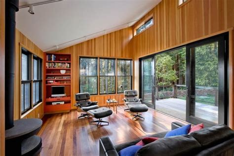 sq ft modern  rustic small cabin   redwoods