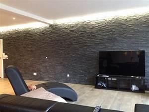 salon en parquet massif mur de pierre anthracite gorge With parquet foncé