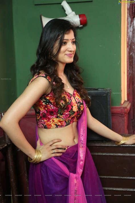 navel thoppul low hip show in saree page 239 xossip