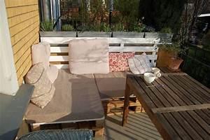 Lounge Aus Europaletten : paletten lounge low budget outdoor relax zone ~ Markanthonyermac.com Haus und Dekorationen