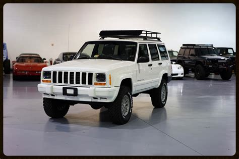 old white jeep cherokee lifted cherokee sport xj for sale lifted jeep cherokee